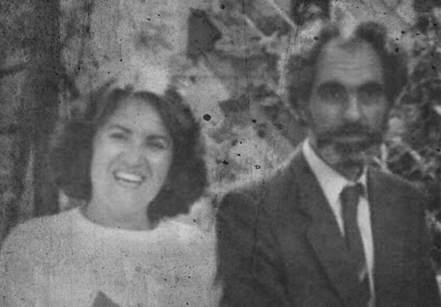 Elçibey eşi Halime Hatun ile.