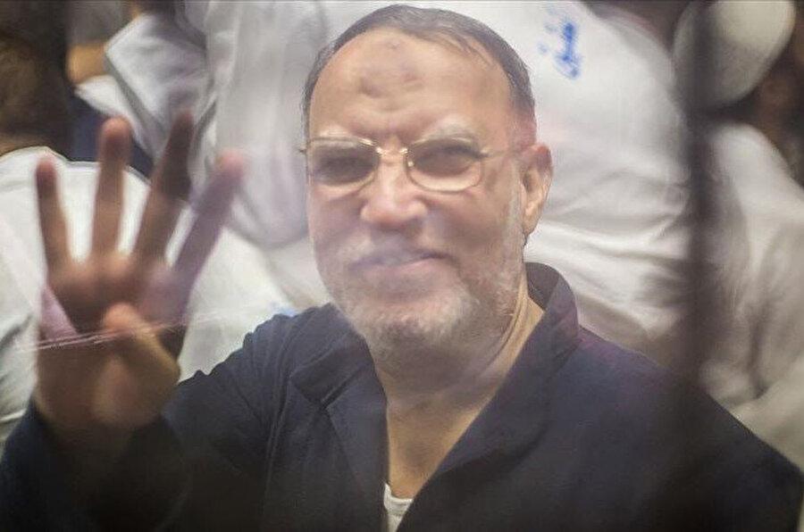 Mısır'da tutuklu bulunan Müslüman Kardeşler Teşkilatı (İhvan) liderlerinden İsam el-Iryan 66 yaşında vefat etti.