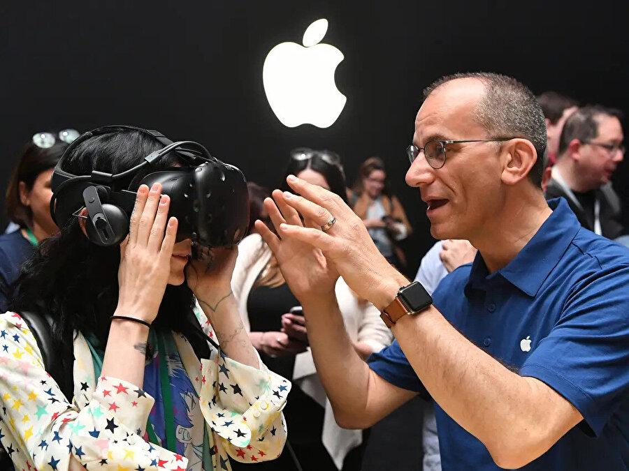 Apple, bünyesine kattığı Spaces ile birlikte önümüzdeki süreçte AR ve VR konusunda önemli adımlar atabilir.