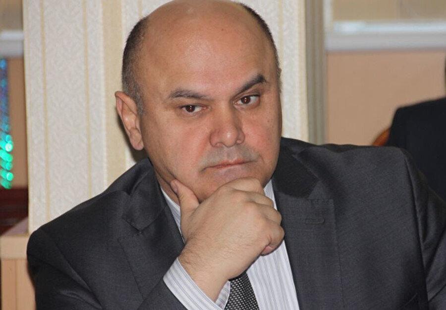 Rustam Latifzade, Çiftçiler Partisi'nin adayı olarak seçimlere katılacak.