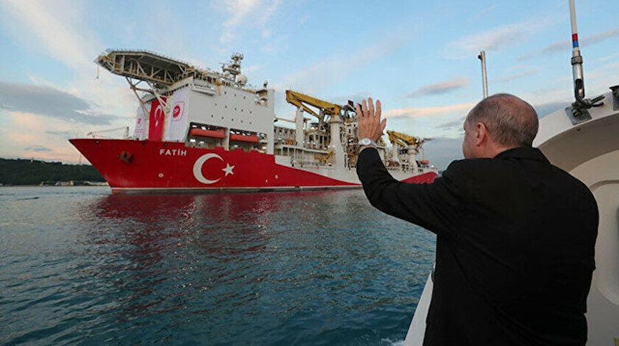 Fatih gemisi 29 Mayıs'ta Karadeniz'e geçtikten sonra 15 Temmuz'da yola çıktı.