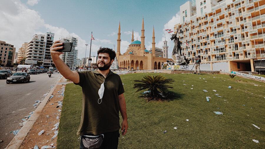 Şehitler Meydanı ve Muhammed El-Emin Camii.