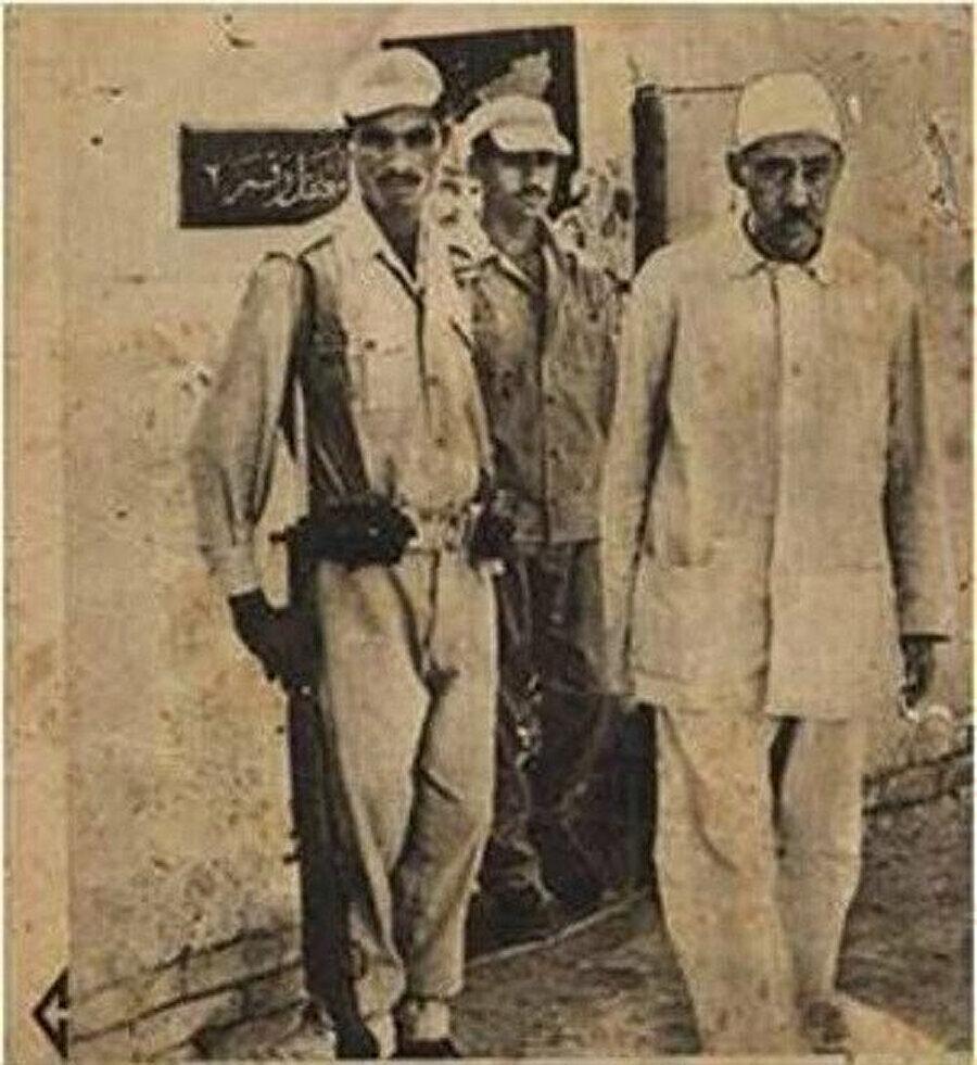 Cemal Abdünnasır'dan özür dilediği takdirde kendisini serbest bırakacak olmalarına karşın o asla kendi davasından vazgeçmedi.