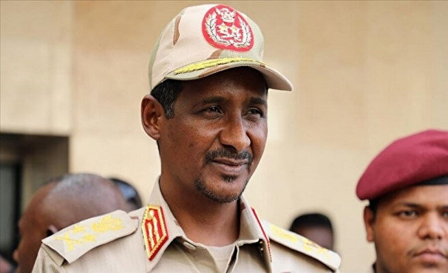 Hılu, Sudan Egemenlik Konseyi Başkan Yardımcısı Orgeneral Dakalu'nun, hükümetin Arabuluculuk Heyeti başkanı olması nedeniyle müzakerelerden çekildiğini duyurmuştu.