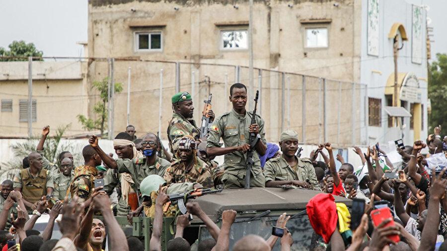 M5 RFP Stratejik Komite, askere güvendiklerini ve beraber çalışacaklarını belirtti.