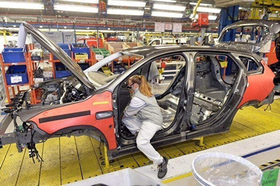 Otomobil üretiminden bir kare.