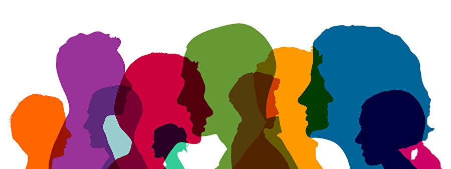 İnsanın insanlarla bir arada olmasının farklı yolları vardır. Aslında insan, hayatı boyunca diğer insanlarla bir aradalık tecrübesi yaşar durur.