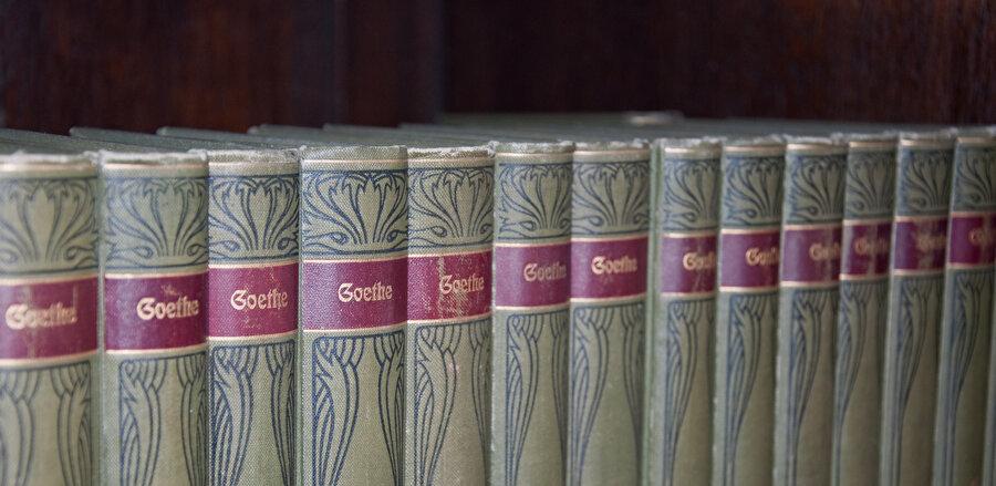 Goethe burada Kur'an'ın dinamik ve değişken üslûbu hakkında önemli fikirler ortaya koyar.