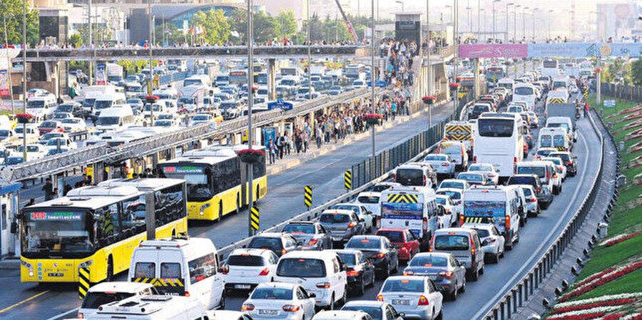 İstanbul'da mesai saatleri 4'e bölünüyor