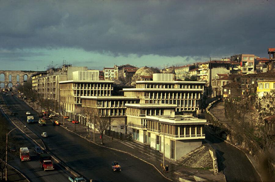 Sosyal Sigortalar Kurumu Binası, 1986.