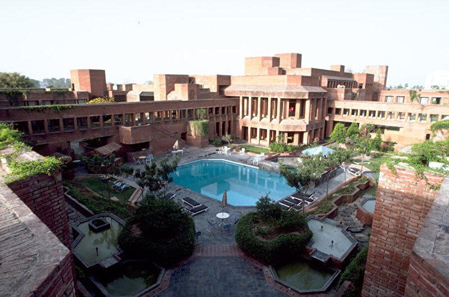 Mughal Sheraton Hotel projesi, ARCOP Design, Agra, Hindistan (1980).