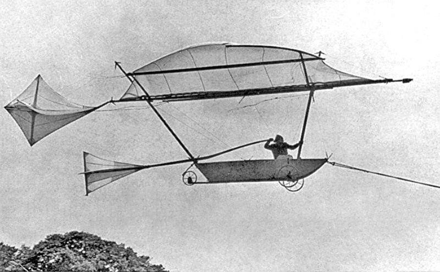 Birçoğu Geroge Cayley'i ilk gerçek bilimsel hava araştırmacısı ve uçuşun temel ilkelerini ve güçlerini anlayan ilk kişi olarak görüyor.