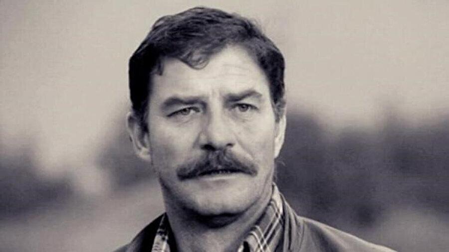 Önemli filmleri arasında Osman F. Seden'in Aşktan da Üstün (1961), Tarık Dursun K.'nın Kelebekler Çift Uçar (1964), Halit Refiğ'in Gurbet Kuşları (1964) ve Bir Türk'e Gönül Verdim (1969), Lütfi Ö. Akad'ın Düğün (1973), Atıf Yılmaz'ın Selvi Boylum Al Yazmalım (1978) ve Feyzi Tuna'nın Seni Kalbime Gömdüm (1982) adlı yapıtları sayılabilir