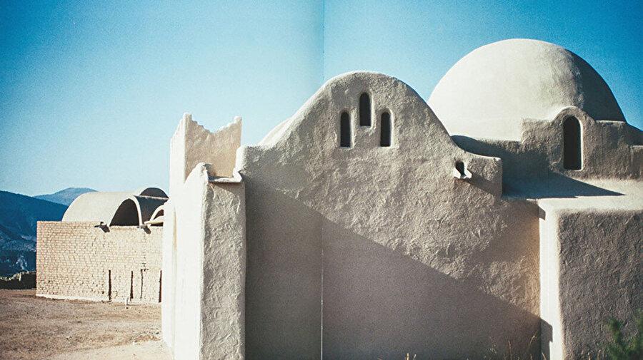 Dar-ul İslam'da Fathy'nin tonozları ve kubbe.