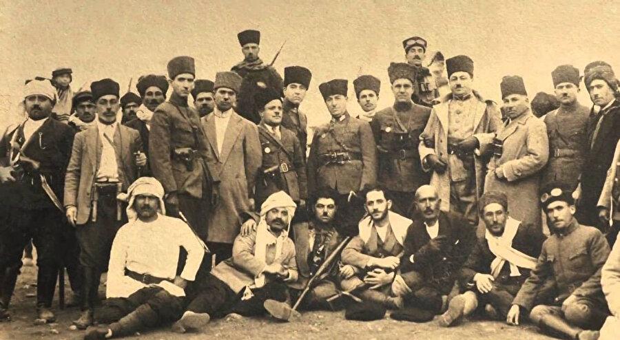 Kuvâ-yi Milliye askerleri