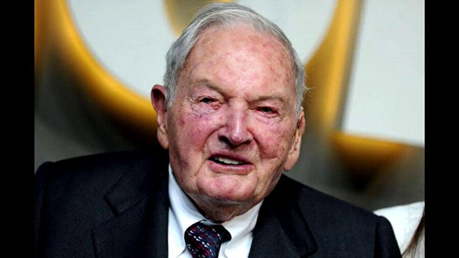 Rockefeller öncülüğünde Dünya Ticaret Örgütü (WTO)'nü kurup şirketlere teslim ettiler.