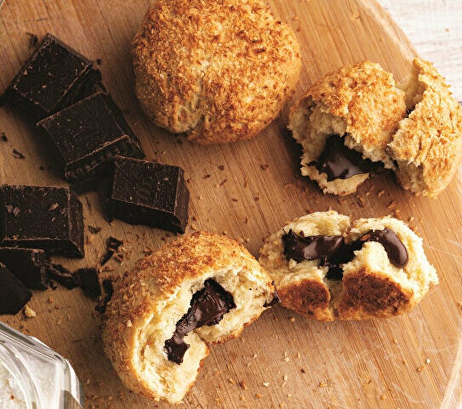 Çikolatalı ve Hindistan cevizli çörek.