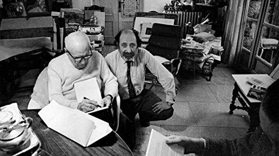 Picasso Ara Güler'i resmederken, 1971.
