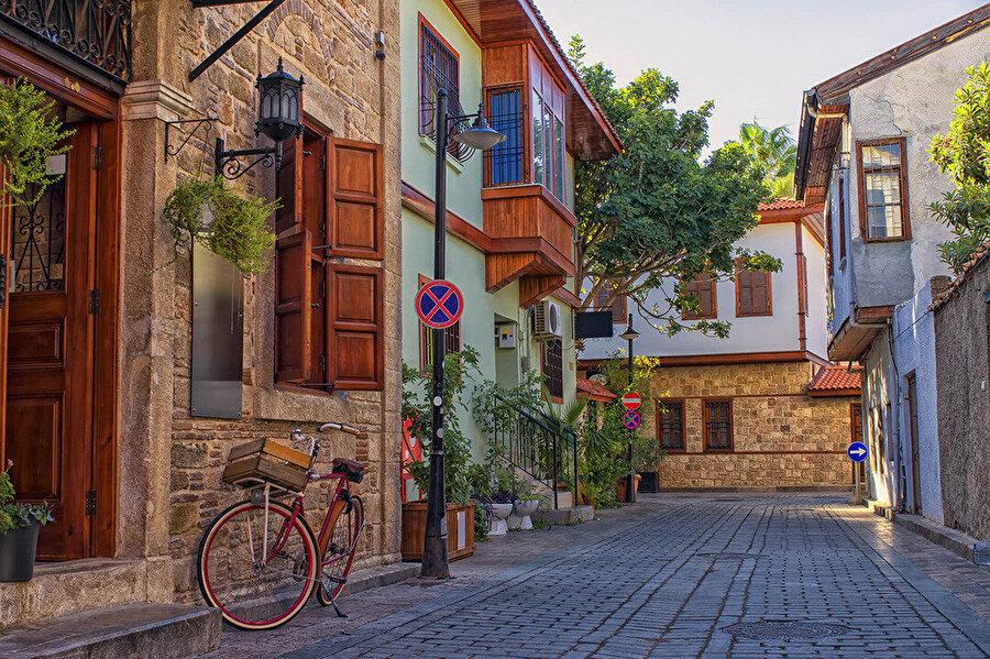 Antalya Kaleiçi sokakları.