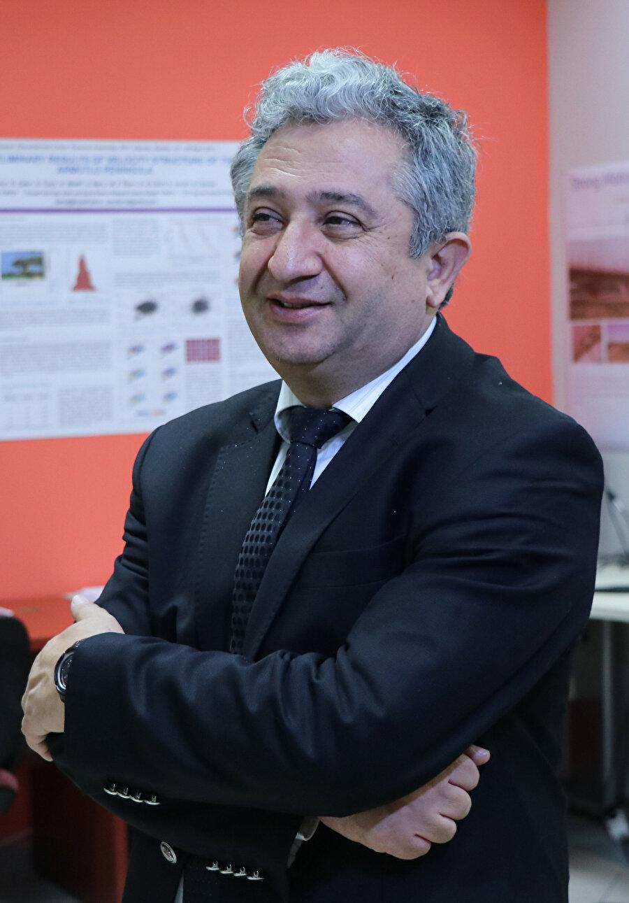 Kocaeli Üniversitesi Öğretim Üyesi Prof. Dr. Şerif Barış