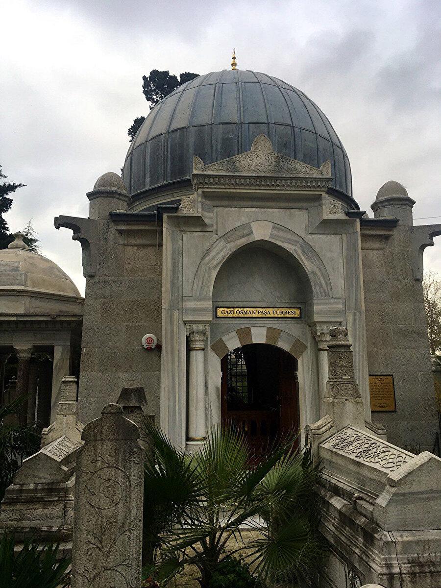 Osman Gazi Paşa Türbesi.