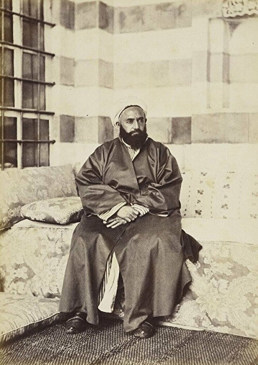 Cezayiri, bir süre Bursa'da yaşamıştı.
