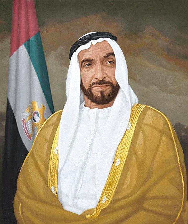 2 Kasım 2004'te Şeyh Zayed vefat edince işler değişmeye başladı. Bin Zayed'in yönetime ağırlığını koymasıyla emirlikler arasında pek çok alanda makas iyice açıldı.