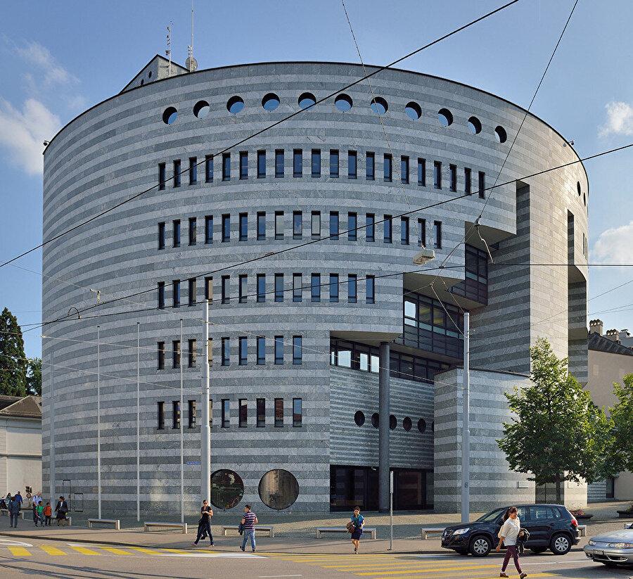 Basel UBS Bank.
