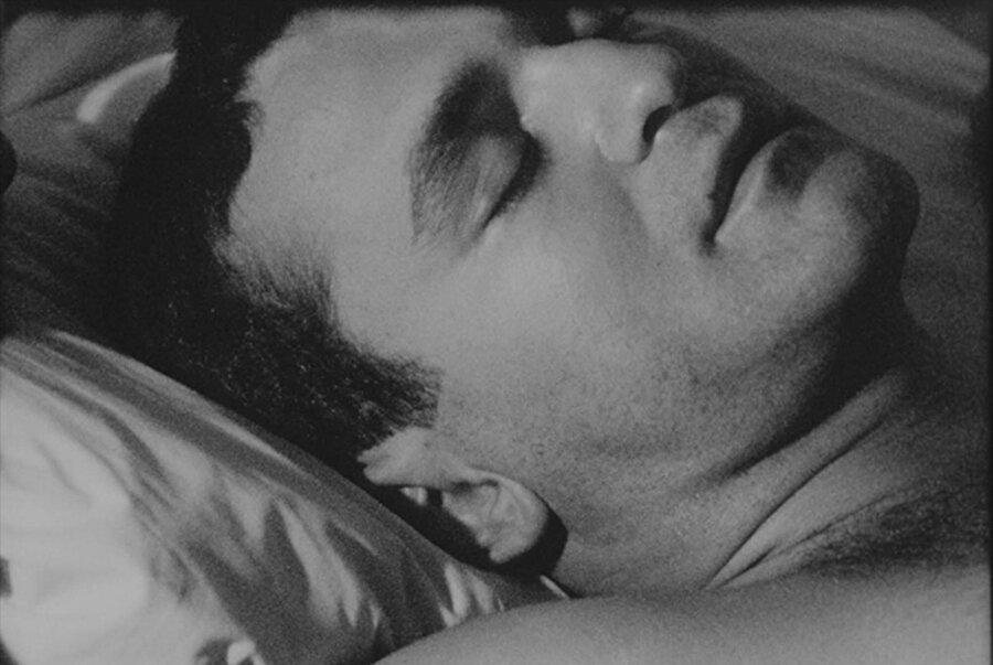 Sleep, 1963, siyah-beyaz sessiz film.