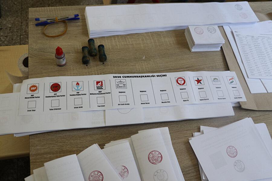 Seçimde 7'si bağımsız 11 aday yarışıyor
