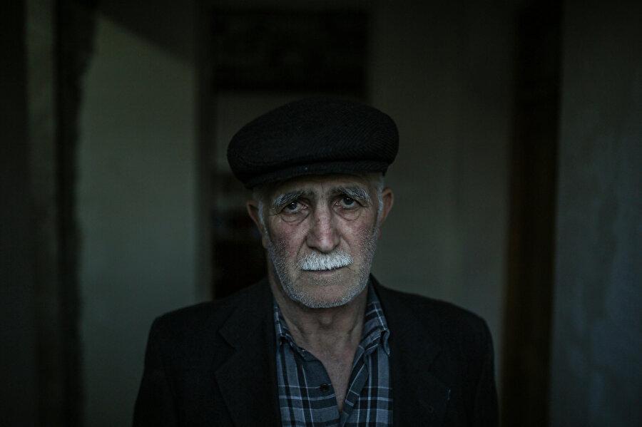 Memedov, 27 Eylül'de Terter'de evinin önüne düşen füze sebebiyle şok geçirdiğini ve ailesini kaybetmekten korktuğunu söylüyor.