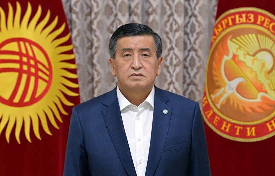 Ceenbekov parlamento seçimlerinin yapılması ve cumhurbaşkanlığı seçim ilanından sonra görevinden istifa edecek.