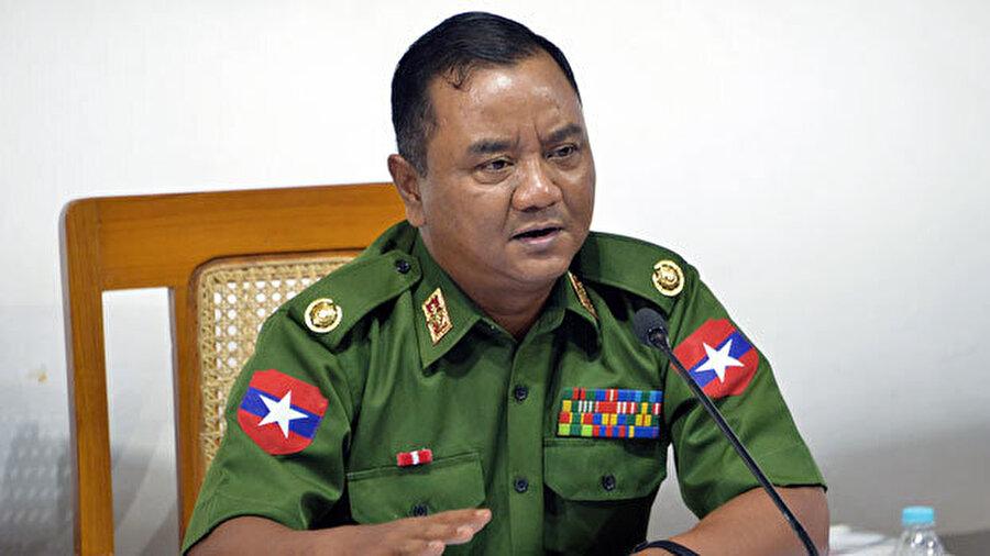 Myanmar Ordu Sözcüsü Tuğgeneral Zaw Min Tun.