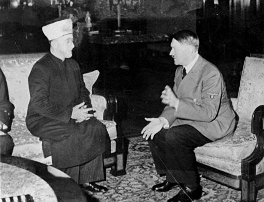 Müftünün sonradan kendisine çok eleştiri getirileceği Hitler ile görüşmesi.