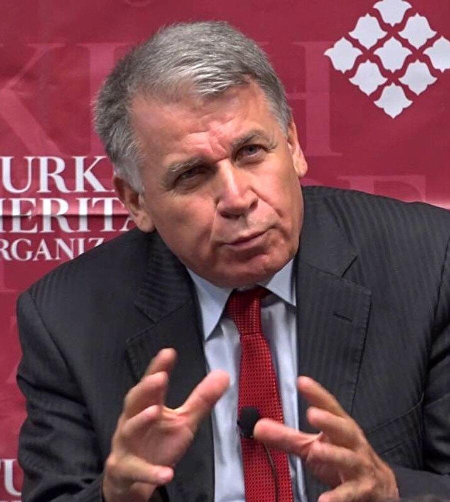Eski Genelkurmay İstihbarat Dairesi Başkanı ve emekli Korgeneral İsmail Hakkı Pekin