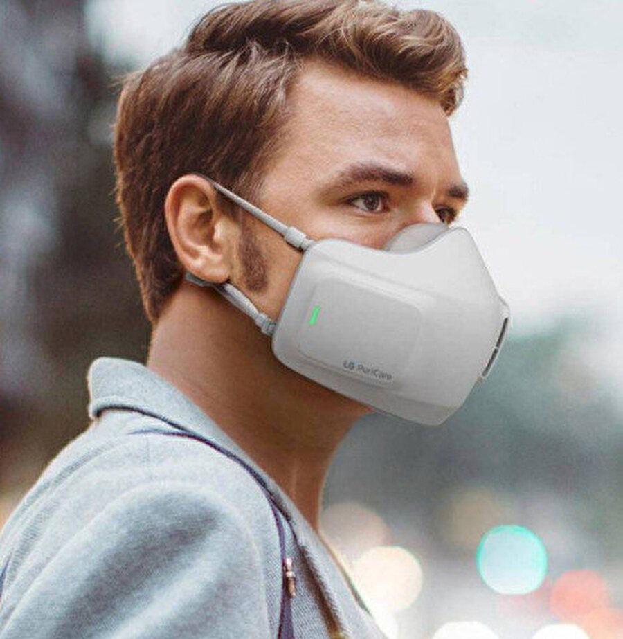 LG'nin yeni maskesi temiz hava alıp vermek için filtreler barındırıyor.