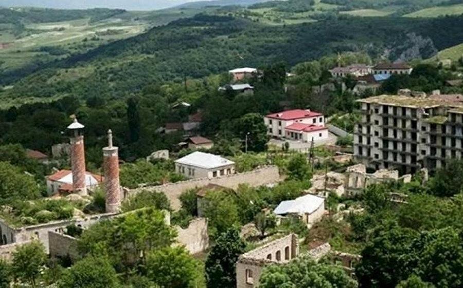 Şuşa, Azerbaycanlılar için sadece bir şehir olmanın çok ötesinde.