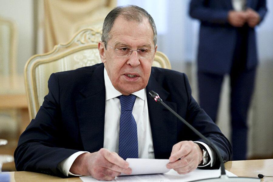 Lavrov, ne Karabağ'da ne Transdinyester'de ne de herhangi bir eski Sovyetler bölgesinde donmuş ihtilafların devam etmesiyle ilgilendiklerini savundu.
