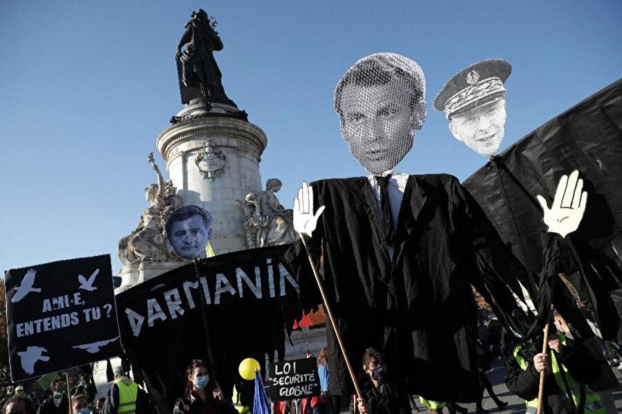 Halk 'Macron istifa' sloganları attı