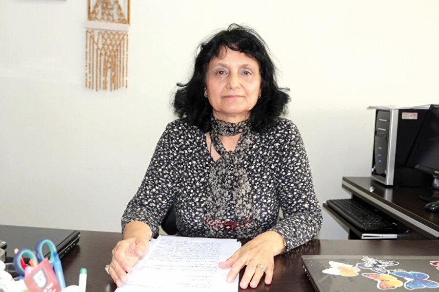 Prof. Dr. Gülendam Tümen, zeytin yaprağının Kovid-19'a koruyucu ve tedavi edici etkilerinden söz etti.