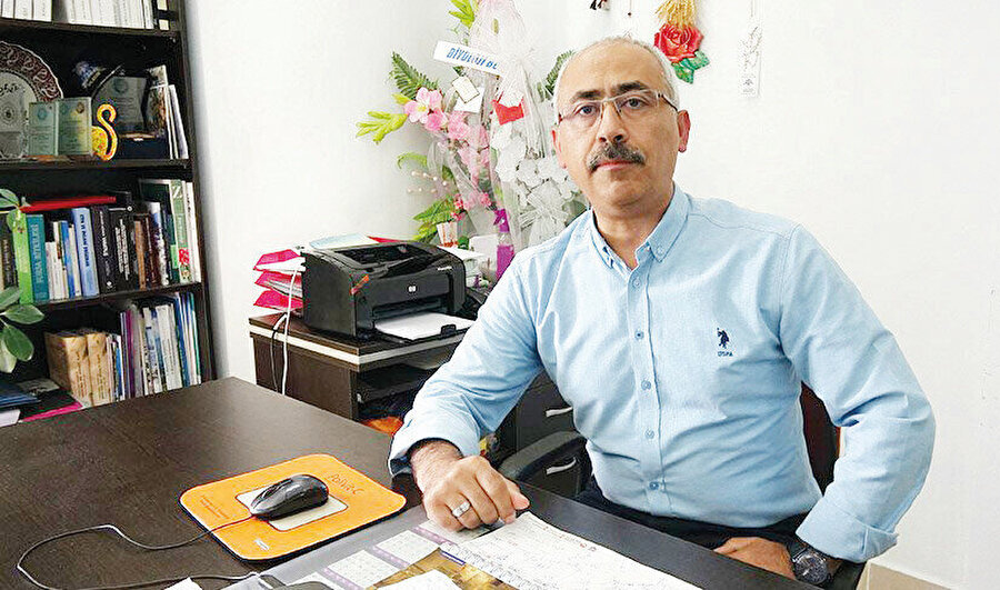 Balıkesir Üniversitesi, Biyoloji Böl. Botanik Anabilim Dalı Başkanı Prof. Dr. Fatih Satıl, ülkemizde zeytin yapraklarının ziraî atık olarak değerlendirildiğini ifade etti.