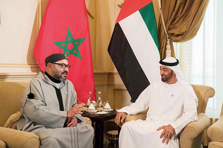 Kral VI Muhammed ve BAE veliaht prensi Zayed