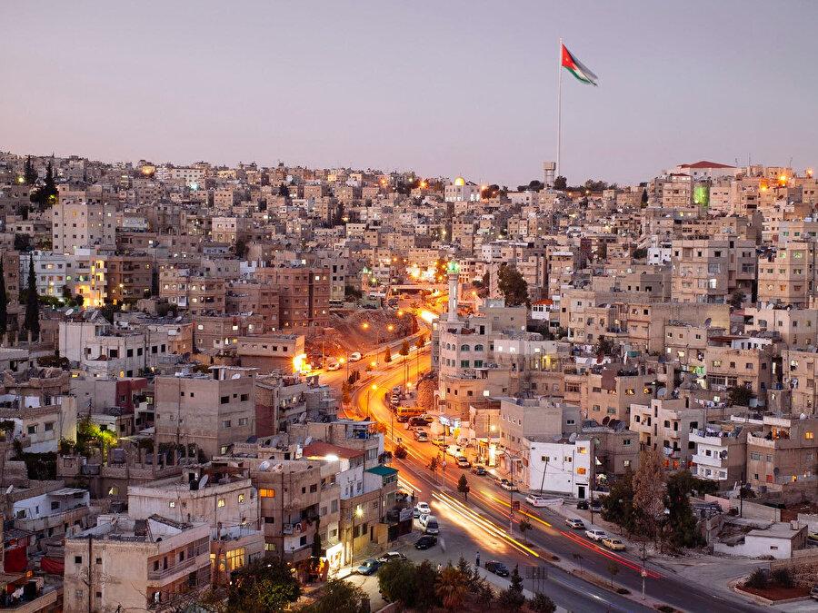 Ürdün'ün başkenti Amman'ın genel görünümü...