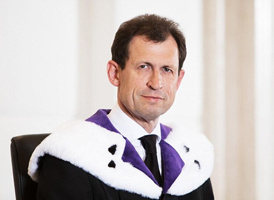 Avusturya Anayasa Mahkemesi Başkanı Christoph Grabenwarter.