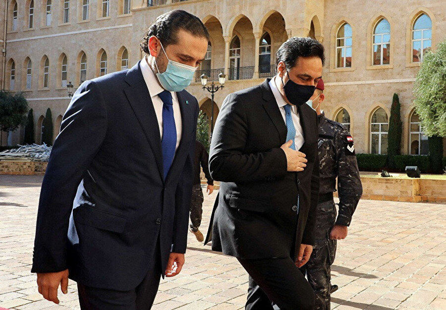 Hariri, Başbakan Diyab'la birlikte.
