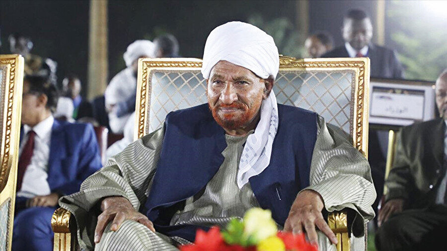 """""""Milli Ümmet Partisi Lideri Sevgili Sadık el-Mehdi, hastalığından dolayı tedavi gördüğü Birleşik Arap Emirlikleri'nde Hakk'ın rahmetine kavuşmuştur."""