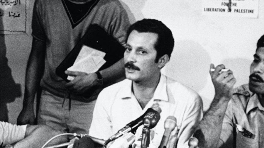 Filistinli meşhur edebiyatçı ve Filistin Halk Kurtuluş Cephesi'nin (FHKC) liderlerinden Gassan Kanafani.