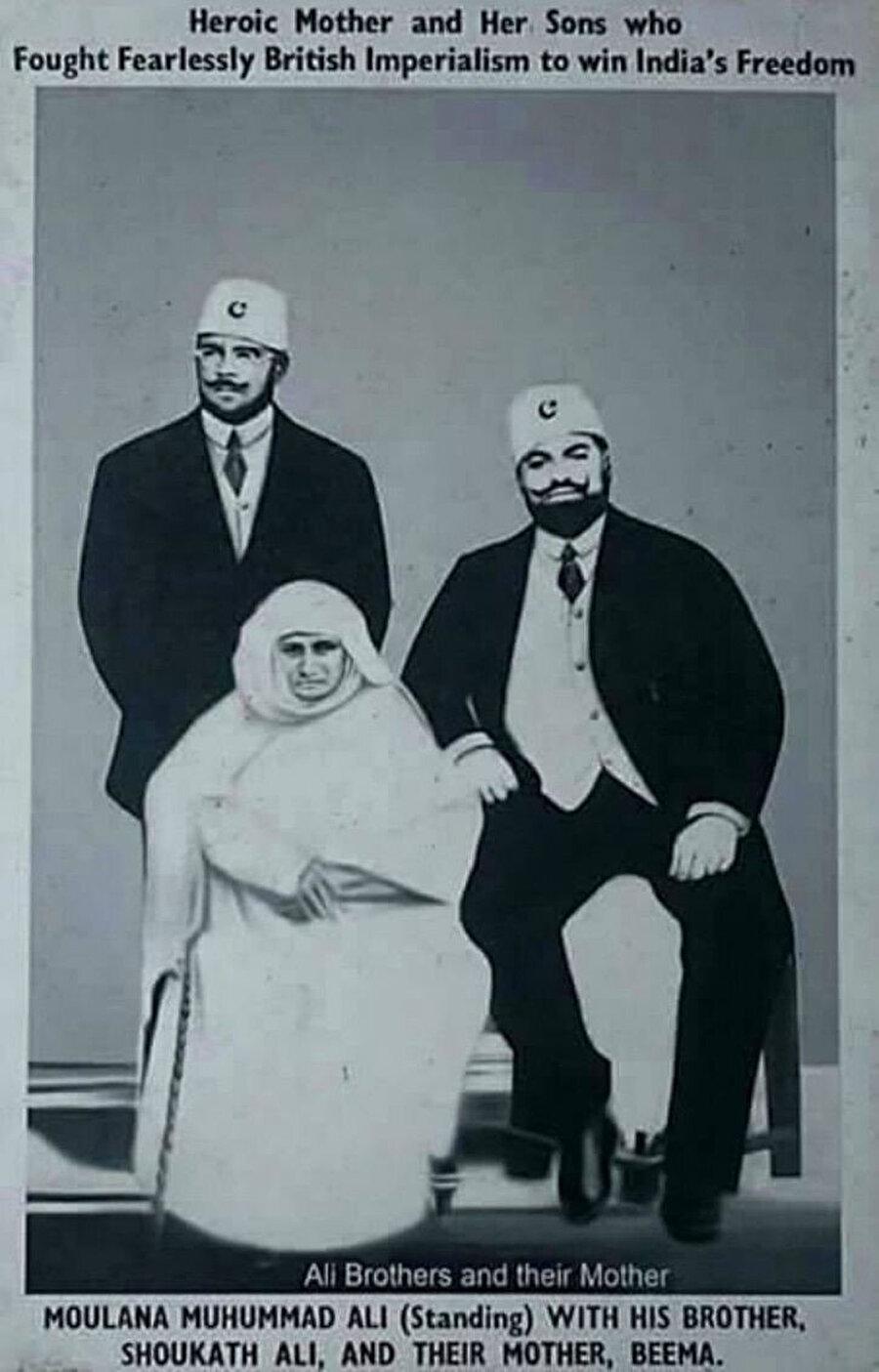 Ali Kardeşler ve anneleri Abadi Begüm.
