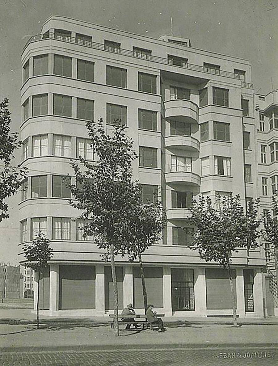 Ceylan Apartmanı (1932).