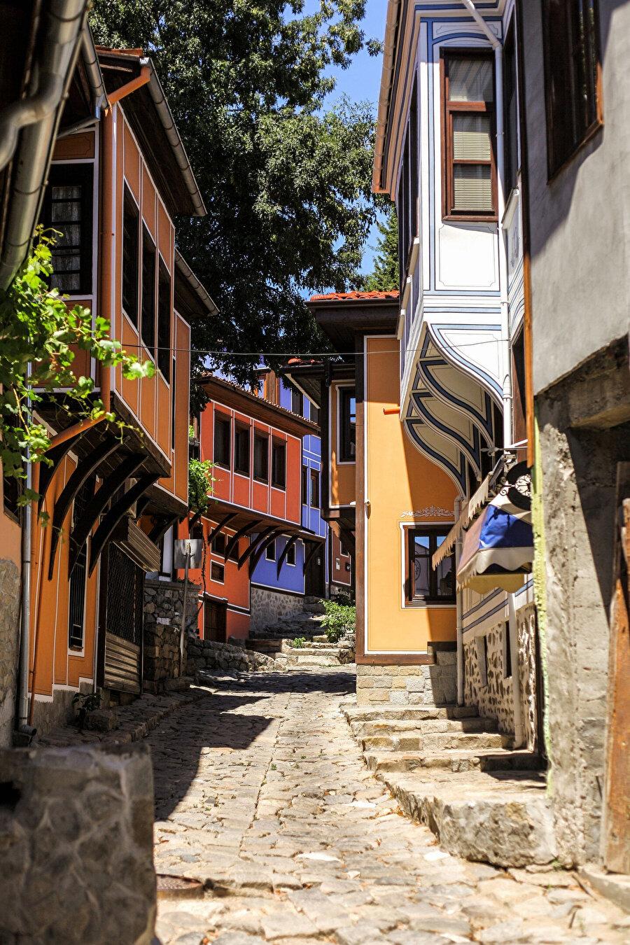 Filibe'nin karakteristik sokakları ve tarihî evleri.
